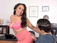 Gabriella Sky's amazing oral-service skills